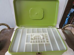Vintage Wilson WIL-HOLD Green Plastic  With Tray