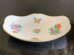 Herend Porcelain Queen Victoria Oblong Dish Numbered 7627/VA