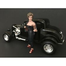 50's STYLE FIGURE II FOR 1:24 SCALE MODELS BY AMERICAN DIORAMA 38252