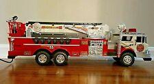 RARE VINTAGE 1988 NEW BRIGHT NO 55 FIRE TRUCK WITH REMOTE CONTROL