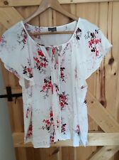 Stunning PHASE EIGHT/8 Casual White Red Floral Top Size 16