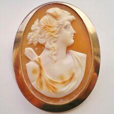 Antiguo Broche Camafeo de Concha de Oro 9ct Victoriano que representa a la diosa Diana c1900