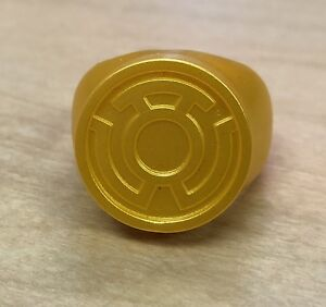 Yellow Lantern Ring - Great For Halloween Or Cosplay Costume - Plastic Sinestro