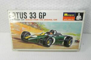 Monogram 1966 Lotus 33 GP Sealed Plastic Race Car Model NOS