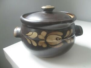 DENBY BAKEWELL TWO HANDLED 4 PINT CASSEROLE DISH WITH LID