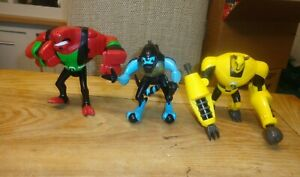 Ben 10  LARGE FIGURES  FOUR ARMS-ARMADRILLO-XLR8  5-8 INCHS