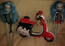 Monster High Ghoulia Yelps Scooter Lot With Two Ghoulia Yelps Dolls