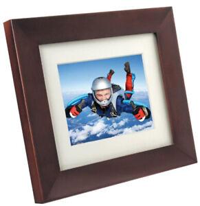 "Philip's  8"" Digital Photo Frame Mahogany Wood, includes USB Drive"