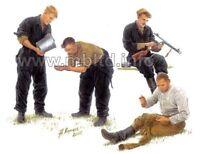 Master Box 3535 - 1/35 - Russian tankmen, 1943-1944