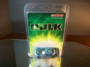 NASCAR The Incredible Hulk Program 2003 Chevrolet Monte Carlo 1:64 Action 5,258