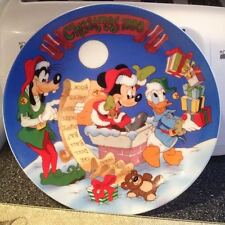 Disney Grolier Collectibles Ltd Christmas 1990 Checking It Twice Plate Brand New