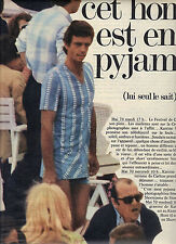 PUBLICITE  1970   HOM   cet homme est en pyjamas sous vetements
