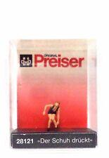 HO Scale Preiser Kg 28121 Woman w/Uncomfortable Shoes Figure