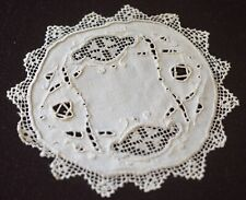 12 Vintage Linen EMBROIDERED Lace DOILIES  COCKTAIL Rounds UU954