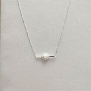 Kendra Scott Emberly Bright Silver Necklace Pendant In Pearl w/ Gift Box