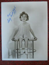 Autographed SHIRLEY TEMPLE Classic Pose