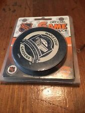 Maple Leaf Gardens 1931-1999 Commemorative Puck, Leafs /Canes, next to last game