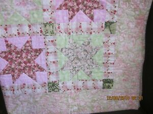 Handmade Crib/Lap Quilt Pink/Green Star Pattern 40 X 50 NEW