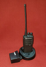 MOTOROLA CP200D AAH01QDC9JC2AN UHF 403-470 MHz FM 1-4 watt Output 16 Channels