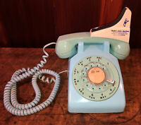 Vintage Aqua Blue Bell System Western Electric 500DM Rotary Telephone Phone WORK