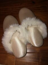 Vintage Totes Isotoner Slippers White Faux Fur Medium 6.5-7.5 Womens Slip On