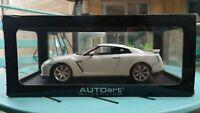 Autoart 1/18 Nissan Skyline GTR R35 Pearl White Diecast