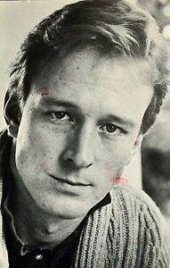 """Ted Shackelford 1992 Stamped Postcard Photo 4"""" X 6"""" Knots Landing"""