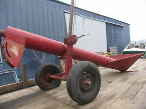 """10"""" Jump Grain Feed Hopper with Hydraulic Auger"""