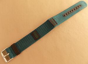 Timex Vert/Bleu Nylon Imperméable Long 18mm Montre Bande Inoxydable Stl Boucle