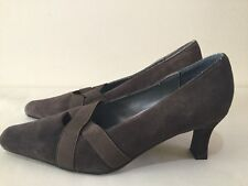 Size 9.5W Womens All Suede Mini Square Toe With Kitten Block Heel - SANDRA LEE