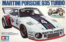 Tamiya 1/24 Martini Porsche 935 Turbo model kit 24001