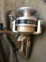 vintage pflueger Spinning fishing reel #1029