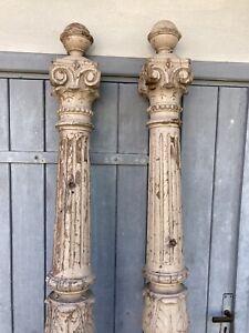 2 alte Säulen unrestauriert