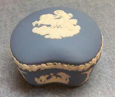 WEDGEWOOD JASPER WARE TRINKET BOX  Chariots & cherubs  Blue ENGLAND
