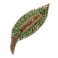 Broche idée pour décorer robe de soirée feuille brodé de perles vert & doré