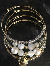 AVON ~ Hortence Sentiments Bracelet ~ Air