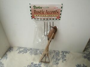 Vtg. Darice Rustic Accents Rusted Shapes 3 Rust Garden Tools Craft Supply New