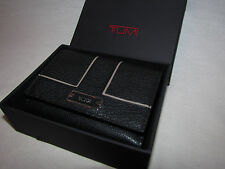 Tumi Black Leather Chelsea Womens Wallet Card Case Small Clutch Tri-fold Coin