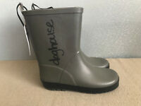 BNWT Mens older boys Size 8 Rivers Doghouse Brand Charcoal Grey Gumboots