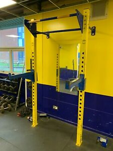 Wall Mounted Commercial Gym Squat/Press Rack With J Hooks