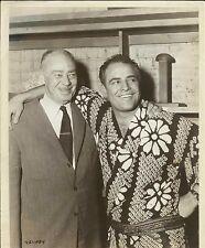"""MARLON BRANDO Jr. & MARLON BRANDO Sr. - BETWEEN SCENES of """"Sayonara"""" Origin.1957"""