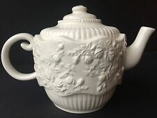 Royal Albert teapot Old Country Roses RARE English Buffet embossed porcelain