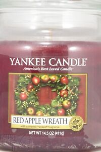 Yankee Candle Red Apple Wreath 14.5oz Jar Holiday Scent NEW