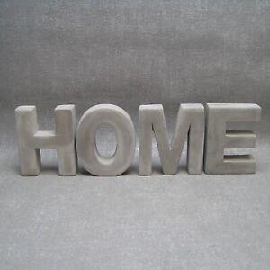 Schriftzug HOME Beton grau Buchstaben Zuhause