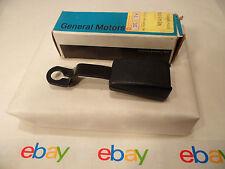 88-93 Pontiac Lemans NOS Right Passenger Seat Belt Buckle GM 90245578
