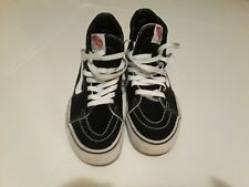 Boys Vans gym shoes size 6.5 womens 8 black and white good condition
