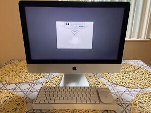 "Apple iMac 21.5"" Desktop - MK452LL/A (October, 2015)"