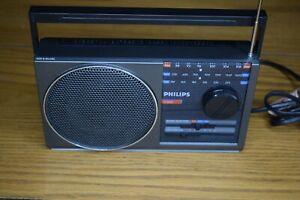 Philips D-2012 FM / MW / LW Portable Transistor Vintage Radio - Working