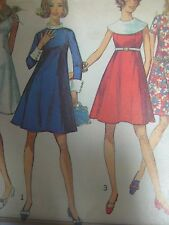 Vintage 1960s Simplicity 8034 DRESS w/ WIDE CONTRAST COLLAR Sewing Pattern Women