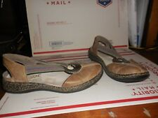 Women's RIEKER Daisy Stone (Taupe) Leather w/ Elastic Band Flat Shoes 38 US Sz 8